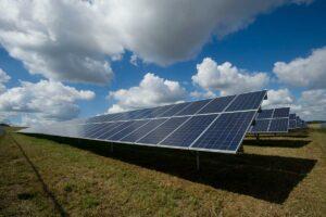 Solar panels - Clean Energy & Transportation